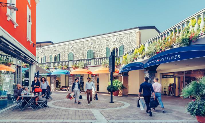 purchase cheap 2d7d9 e32bc Palmanova Outlet Village & McArthurGlen Designer Outlet ...